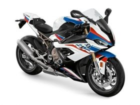 BMW「S1000RR」にリコール エンジンオイルが漏れ、最悪の場合、走行安定性を損なうおそれ