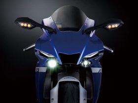 【新車】ヤマハ、スーパースポーツ「YZF-R1M」「YZF-R1」を8/20に発売 期間限定の受注モデル