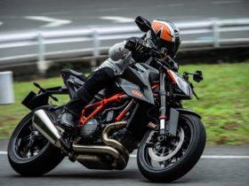 「KTM 1290スーパーデュークR」試乗インプレッション 上質にして獰猛、しなやかに牙を磨いたハイテク野獣だ!