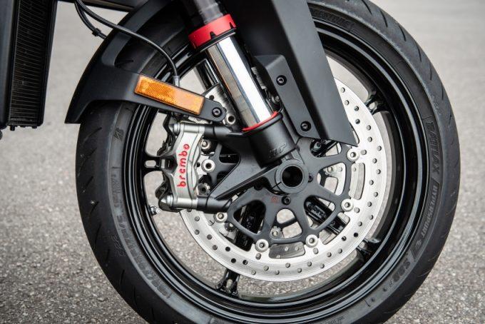 Đánh giá lái thử mẫu xe KTM 1290 Super Duke R mới