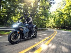 【新車】カワサキ、Ninja 400シリーズの新色を発売